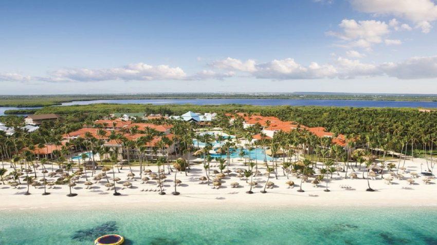Biaya Wisata ke Pulau Ora