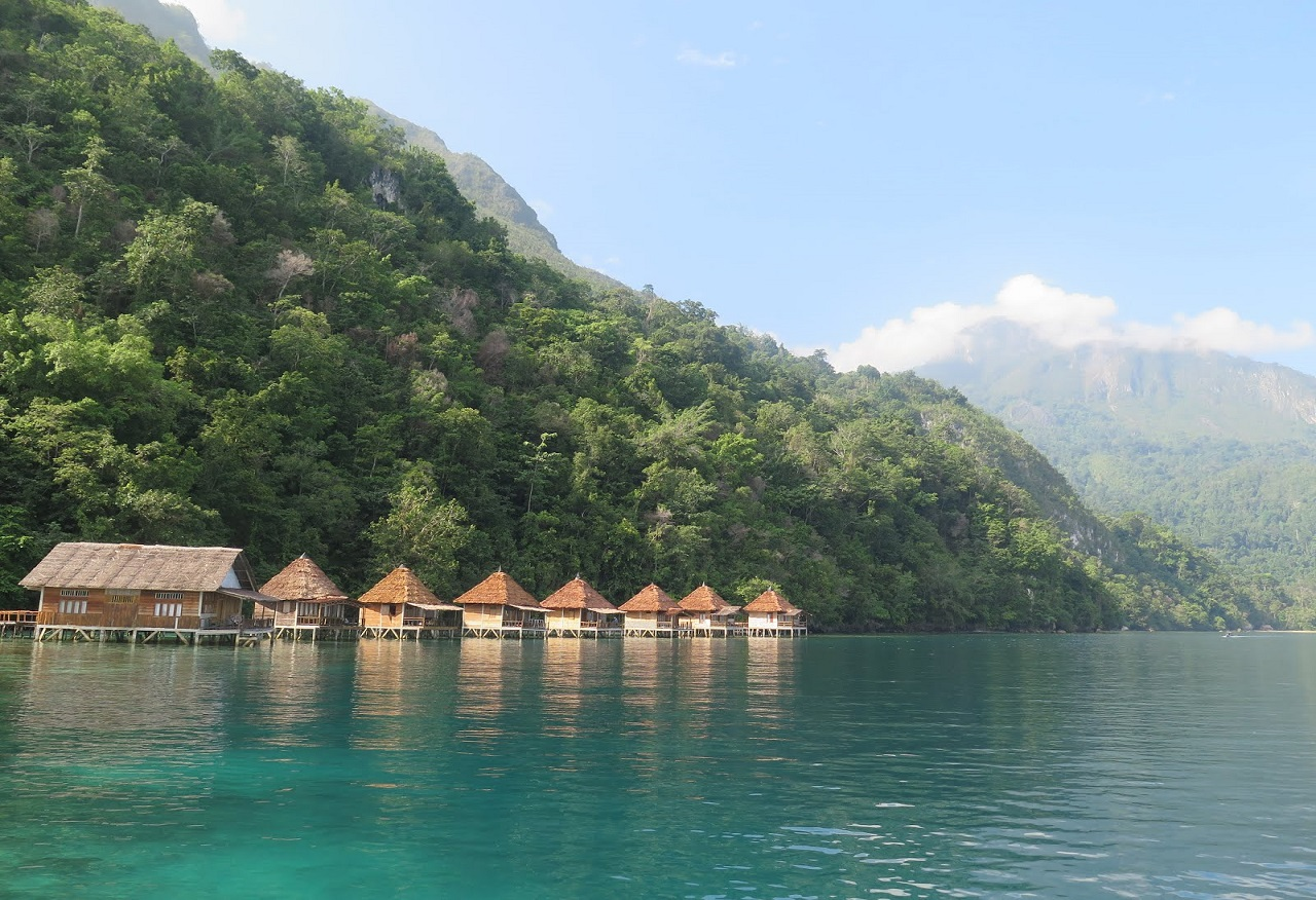 Ora Beach Maluku Tengah